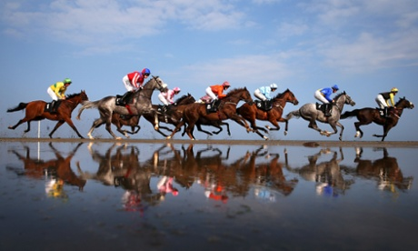 Horse Racing - Laytown Beach
